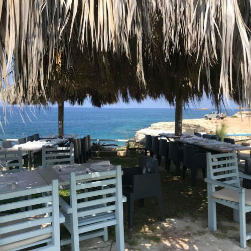 Sea Caves Lounge Bar – Café & Restaurant