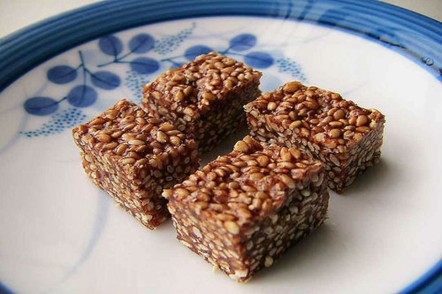 Pasteli: Try this Sticky Sweet Made from Cyprus Carobs