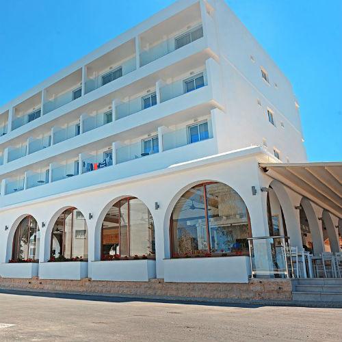 Chrystalla Hotel