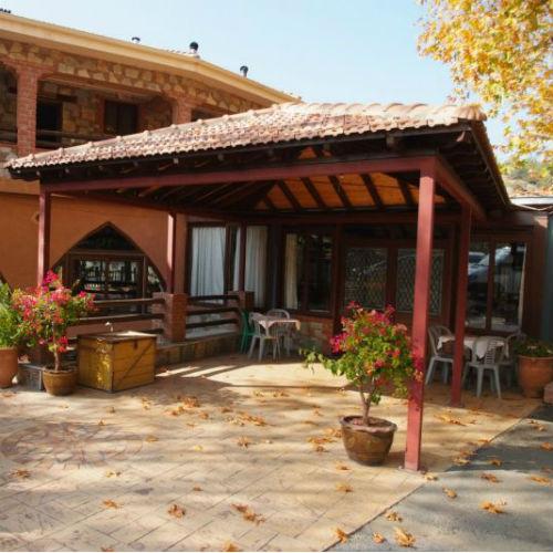 Chrysanthis Tavern