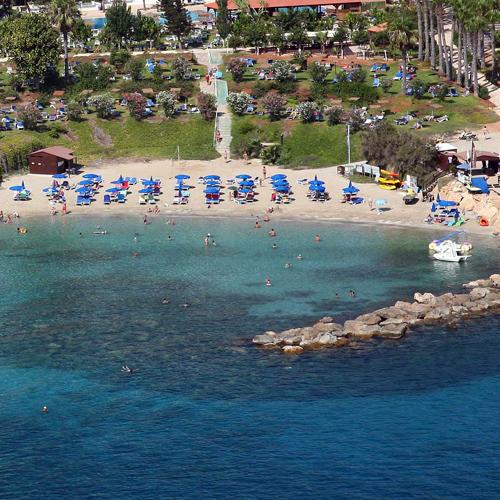 Nisia Loumbardi Beach