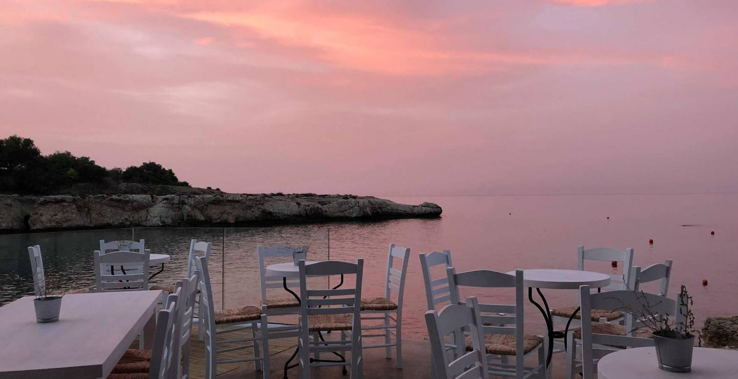 Check-in to these 8 beach bars in Protaras
