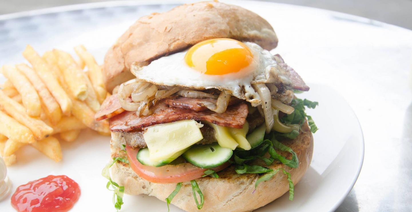Enjoy delicious sandwiches at these 7 places in Cyprus
